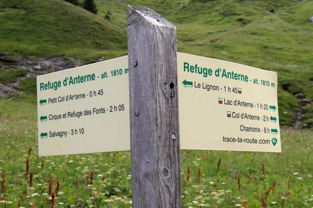 Itinéraires de randonnée depuis le Refuge d'Anterne Alfred Wills