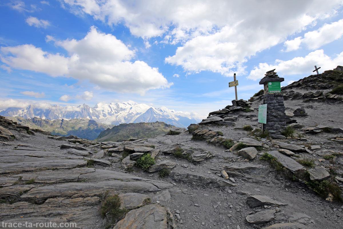 Vue sur le Mont-Blanc depuis le Col d'Anterne