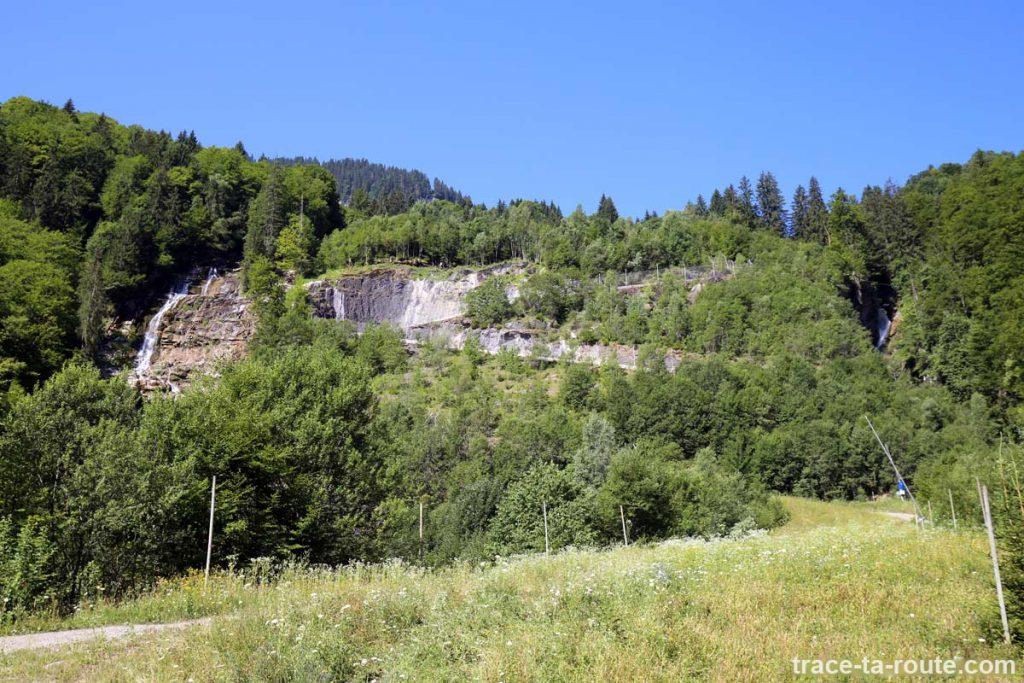 Cascade du Déchargeux et Cascade de Sabaudia - Piste de ski Sixt-Fer-à-Cheval