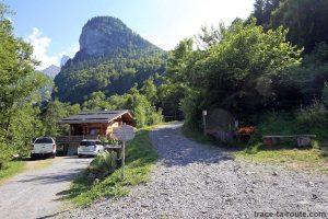 Sentier de randonnée au Lac de Gers depuis Englène