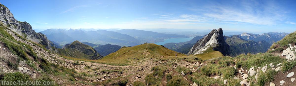 Vue sur le Lac d'Annecy depuis La Tournette