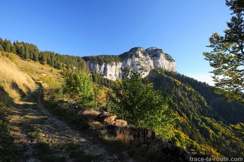 La Tête du Parmelan et le Chalet des Chappeys - Les Taillées du Sautet, Aviernoz