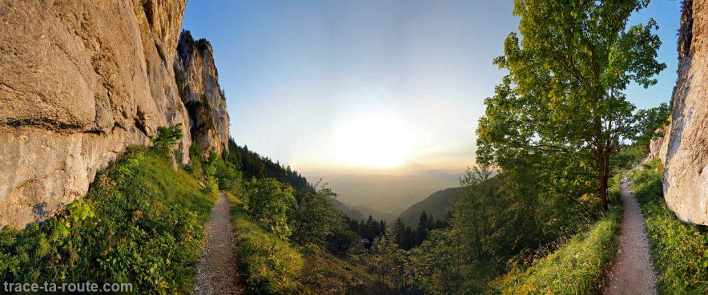 Sentier de randonnée au Parmelan - Face Ouest - Traversée Petit Montoir -> Grand Montoir