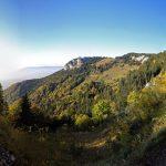 Le Crêt des Outalays et le sentier de randonnée traversée Grand Montoir -> Petit Montoir au Parmelan