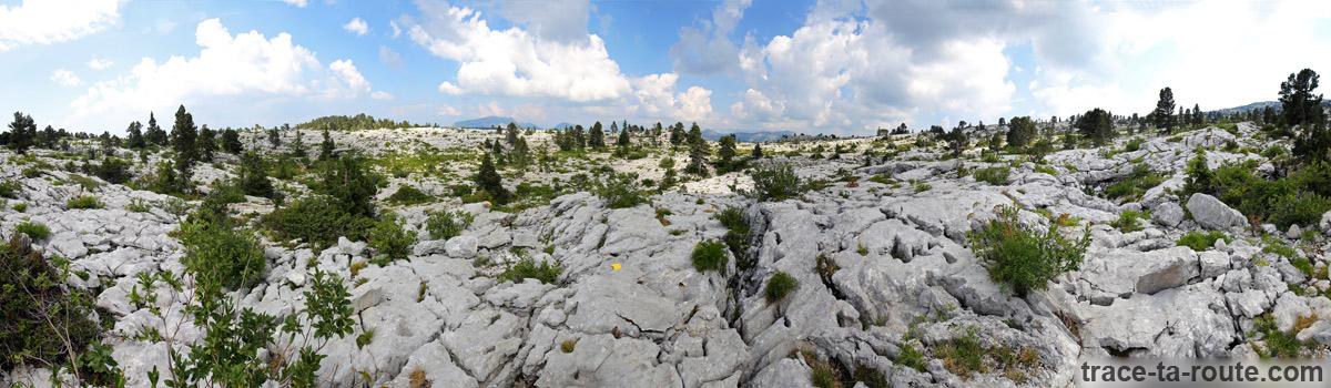 Lapiaz du Plateau du Parmelan