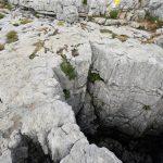 Gouffre sur le sentier de randonnée du plateau du Parmelan