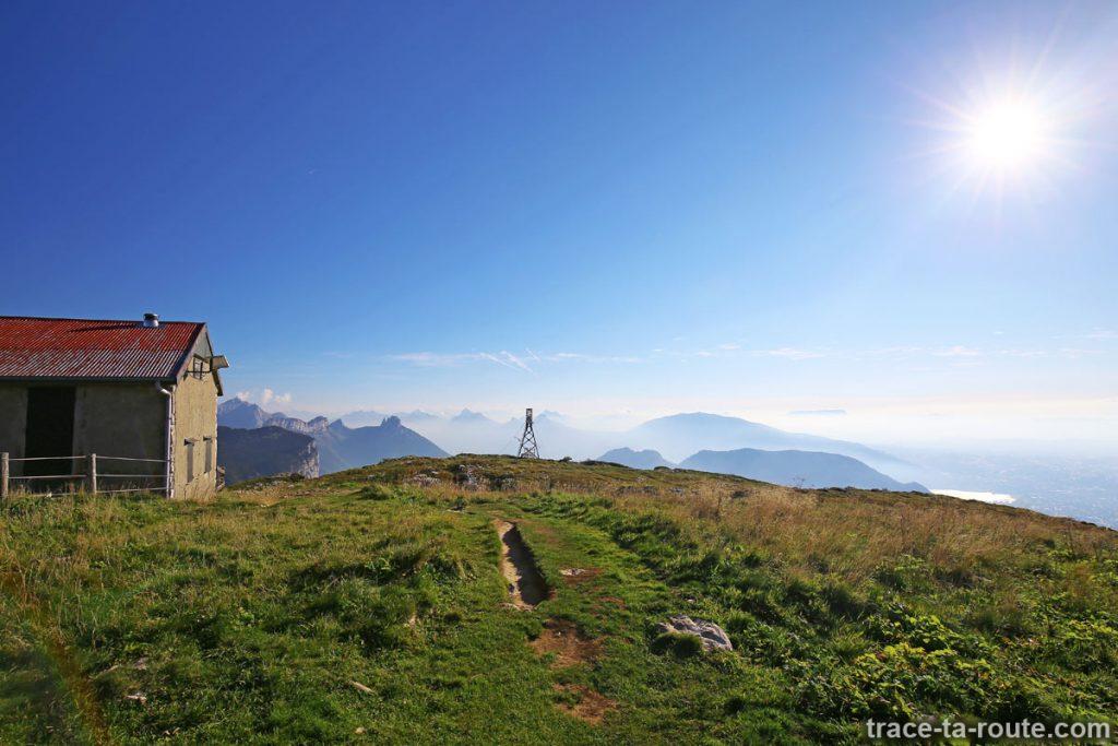Le Refuge Camille Dunant au sommet du Parmelan
