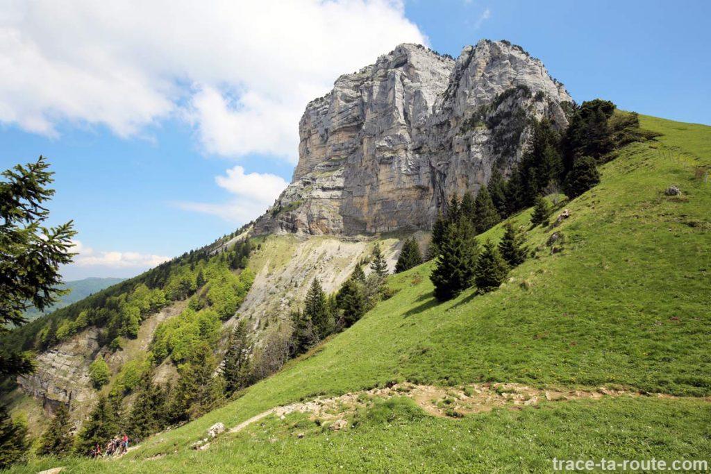 Tête Sud du Mont Granier depuis le Col de l'Alpette