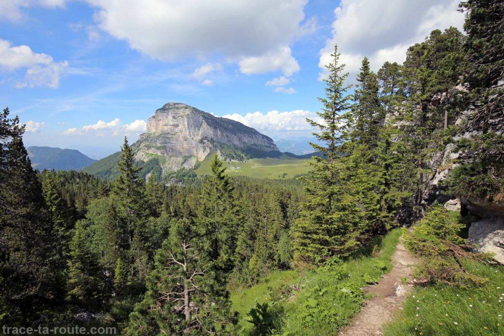 Tête Sud du Mont Granier et Col de l'Alpette depuis le Pinet (Chartreuse)