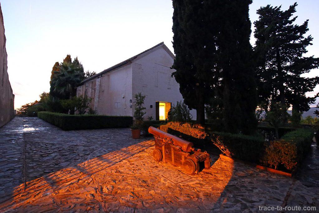 Bâtiment militaire - visite du Castillo de Gibralfaro de Malaga