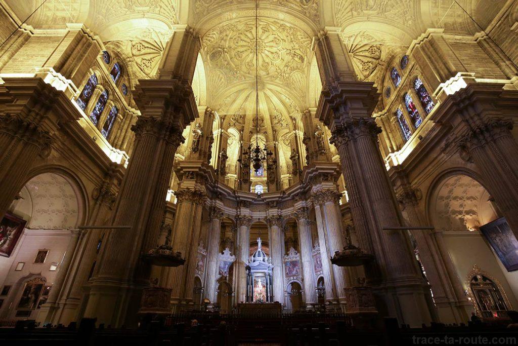 """Choeur de la Cathédrale de l'Incarnation de Malaga (Catedral de la Encarnación """"La Manquita"""") Intérieur"""