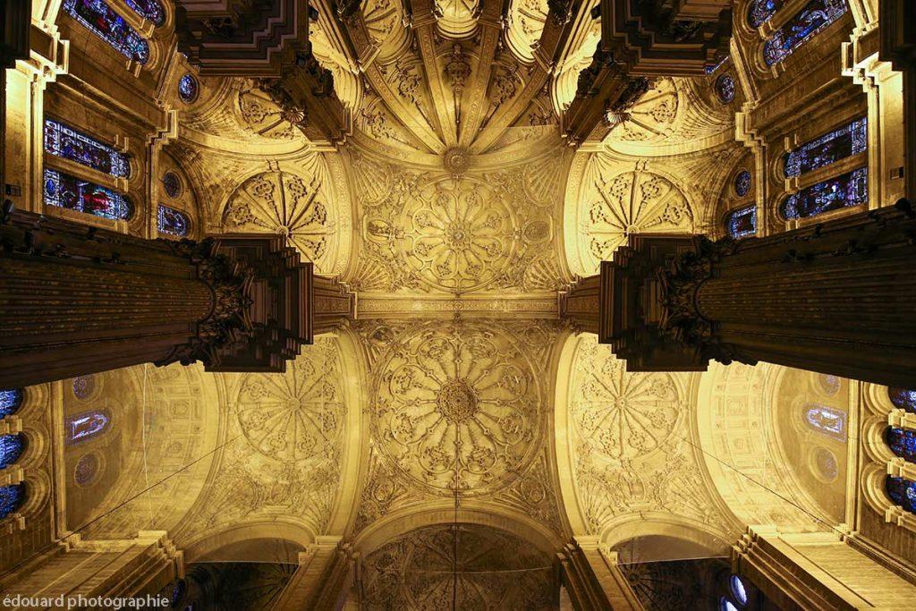 """Plafond baroque de la Cathédrale de l'Incarnation de Malaga (Catedral de la Encarnación """"La Manquita"""") Intérieur - édouard photographie © Trace Ta Route"""