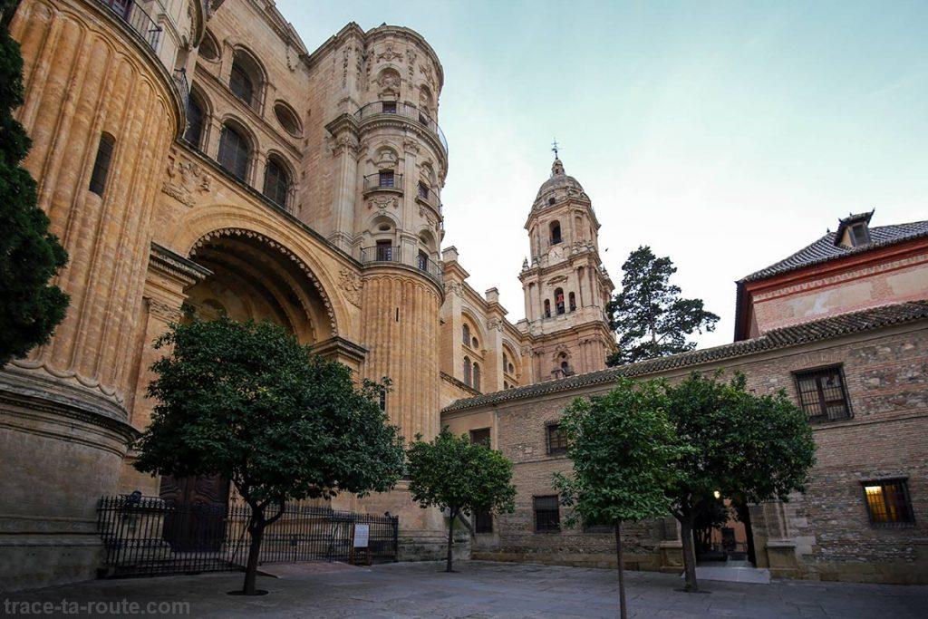 """Entrée de la Cathédrale de l'Incarnation de Malaga (Catedral de la Encarnación """"La Manquita"""")"""