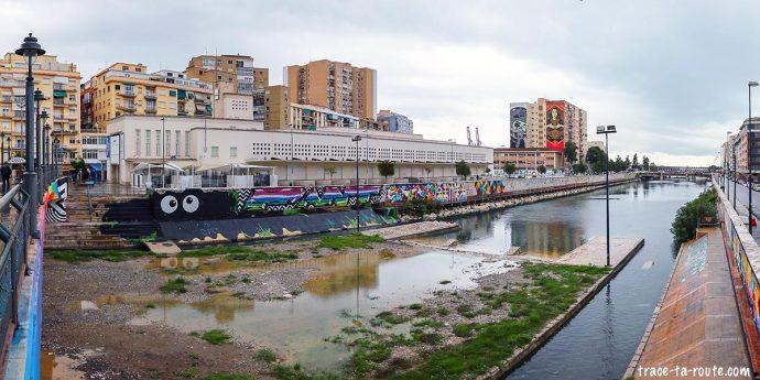 Centre d'Art Contemporain CAC Malaga et Rio Guadalmedina