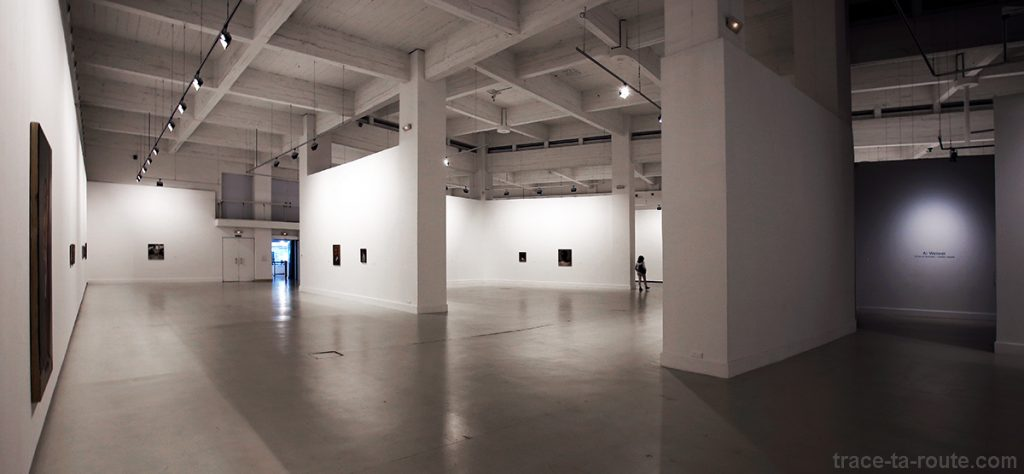 Salle exposition intérieur Centre d'Art Contemporain CAC Malaga