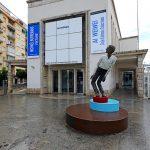 Sculpture à l'entrée du Centre d'Art Contemporain CAC Malaga