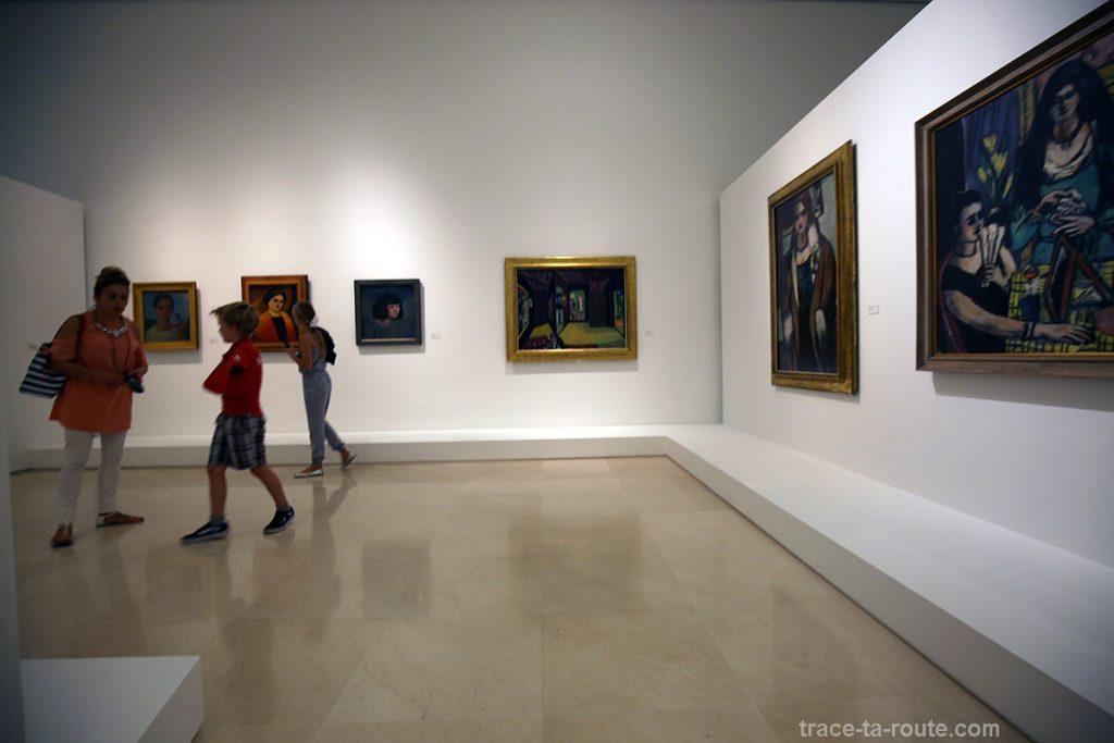 Salle d'exposition à l'intérieur du Musée Picasso, Malaga - peintres expressionnistes allemands
