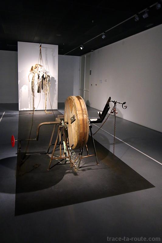 """""""Autoportrait"""" (1988) Jean TINGUELY - Centre Pompidou Malaga"""