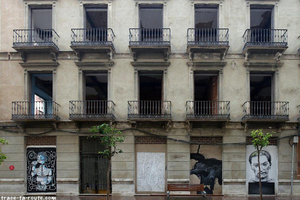 Street Art à Malaga - Graffitis immeuble Casas de Campo