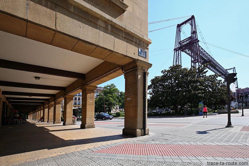 Pont de Biscaye (Puente Vizcaya / Puente Colgante Bizkaia) et Puente Zubia Plaza - Las Arenas, Getxo, Bilbao, Pays Basque