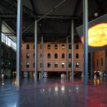 Intérieur architecture bâtiment Alhondiga (Philippe Starck) Bilbao
