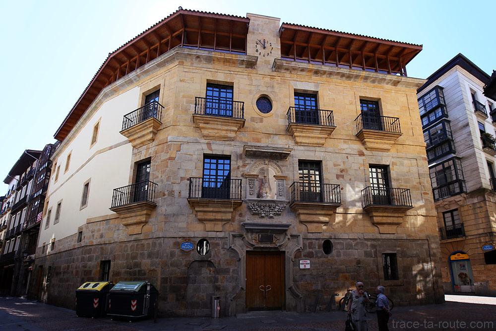 """Palais Yohn """"La Bolsa"""" dans Casco Viejo de Bilbao"""