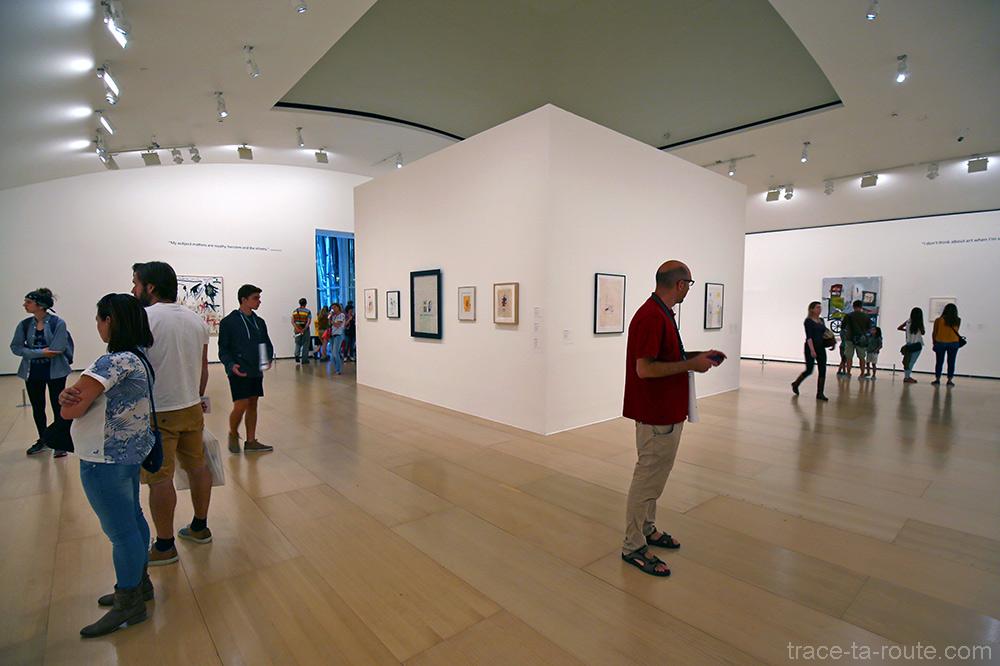 Salle exposition rétrospective Jean-Michel Basquiat - Musée Guggenheim Bilbao