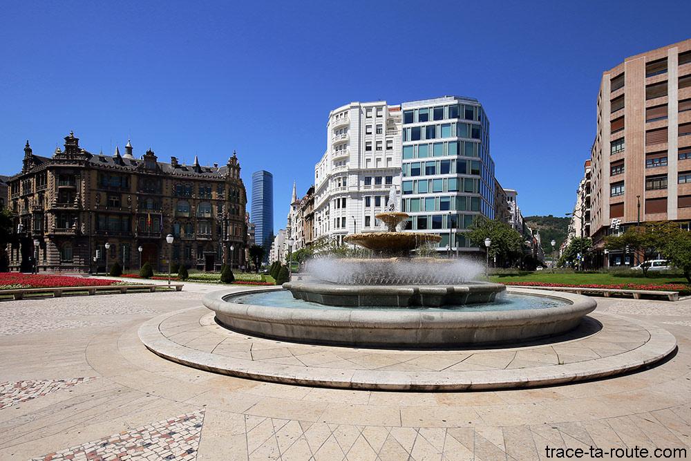 Fontaine de la Plaza Moyua de Bilbao