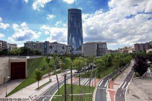 Tour Iberdrola et le Parc Republica de Abandon, à Bilbao