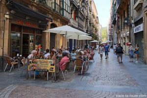 Café Brasil - Posta Kalea, rue dans la Vieille Ville de Bilbao (Casco Viejo)