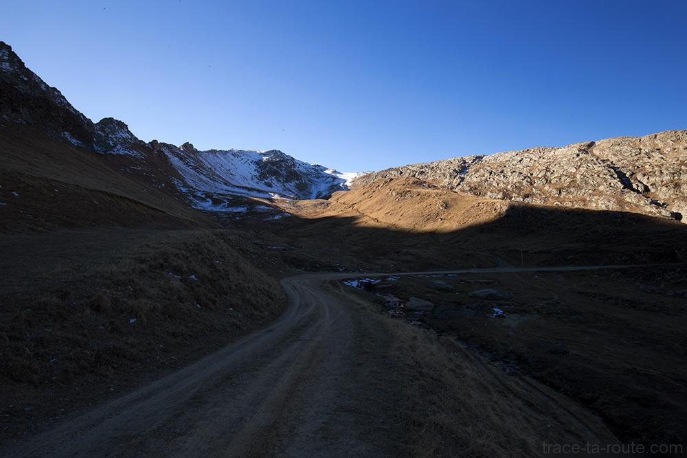 Sentier de randonnée Le Replat, depuis le Col de la Croix de Fer vers le Lac Bramant - Maurienne Savoie