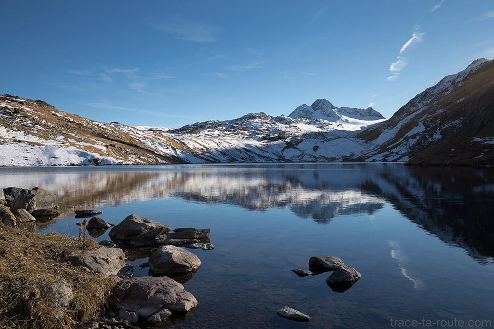 Le Lac Blanc avec le Glacier de Saint-Sorlin et la Cime du Grand Sauvage en fond - Maurienne Savoie