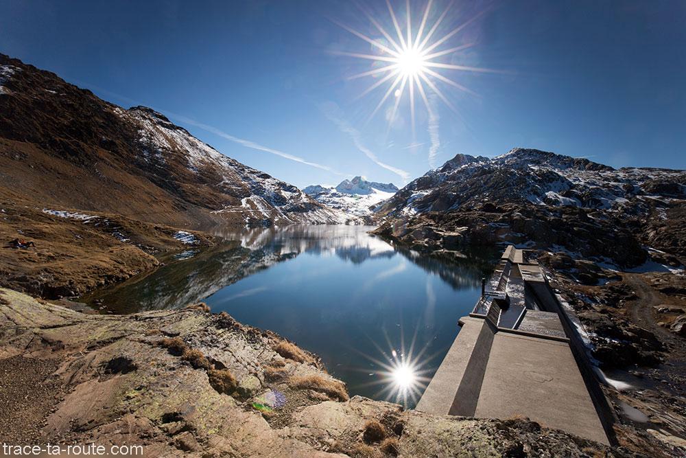 Le Lac Bramant et son barrage avec le Glacier Saint-Sorlin en fond - Maurienne Savoie