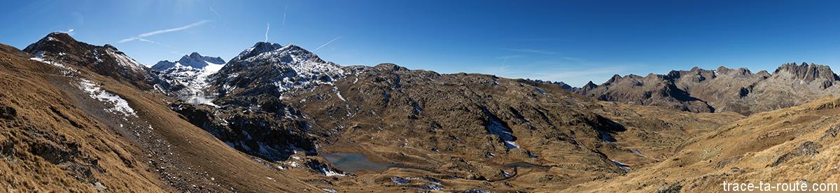 Le Lac Bramant, le Glacier de Saint-Sorlin et le Massif d'Allevard depuis le Col des Tufs - Maurienne Savoie