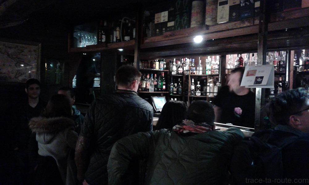 Comptoir à Rhums au bar Delirium Café de Bruxelles