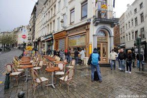 Friterie belge Chez Papy (Belgian Frites) rue de la Madeleine à Bruxelles