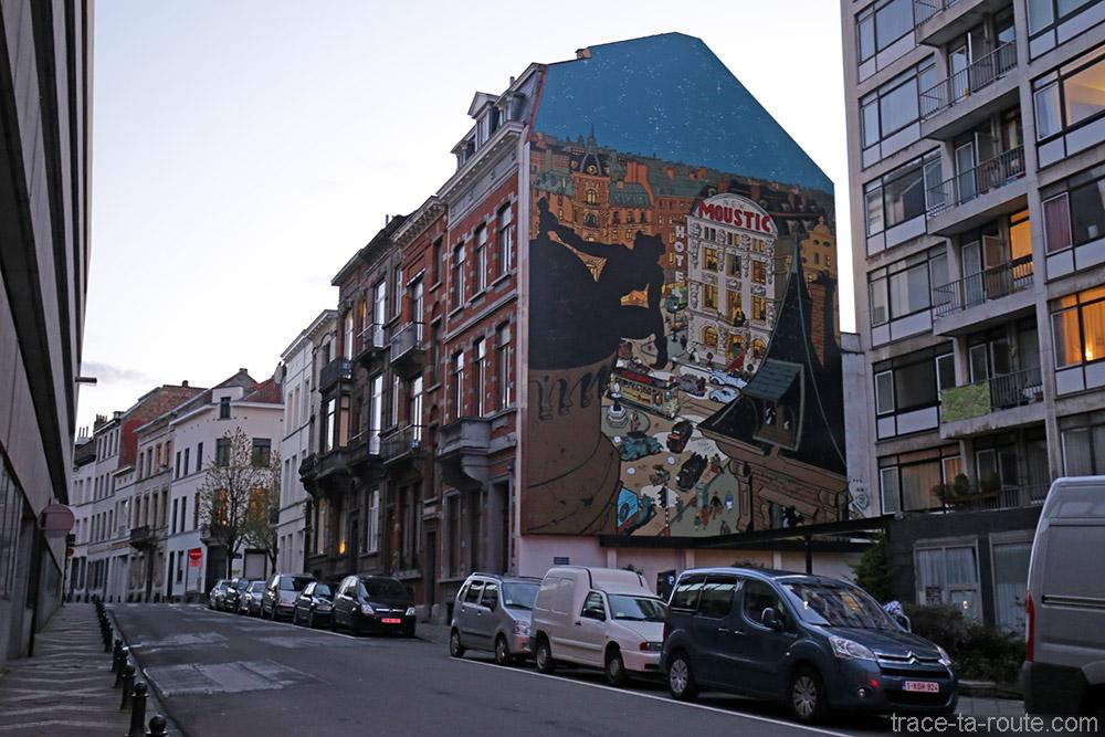 Fresque BD - Spirou, la femme léopard (Schwartz / Yann) - Rue de la Croix, Bruxelles