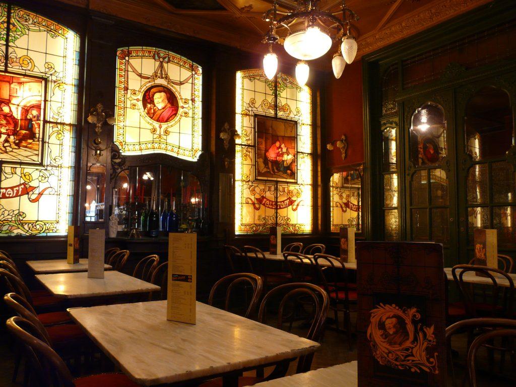 Falstaff à Bruxelles - brasserie Art Nouveau