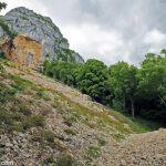 Éboulement sur le sentier de randonnée à la Croix du Nivolet par le Pas de l'Échelle depuis Lovettaz