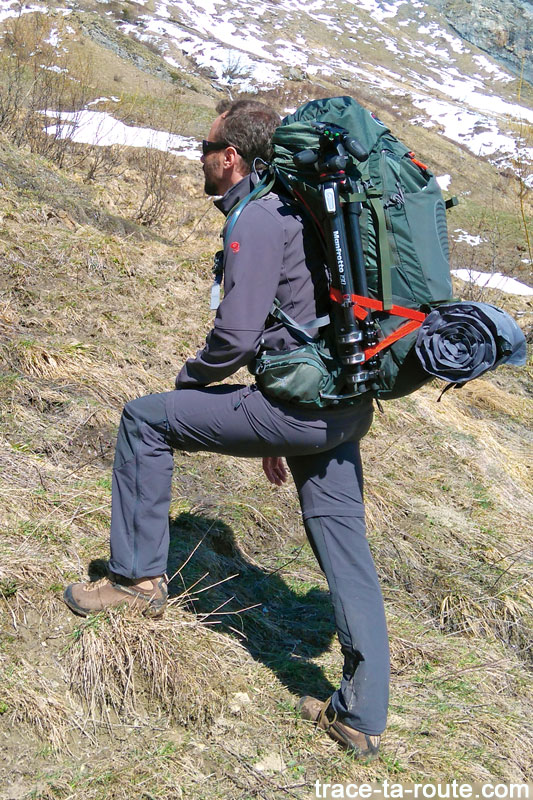 Test du sac à dos Osprey Atmos AG 65 dans le Beaufortain (Savoie)