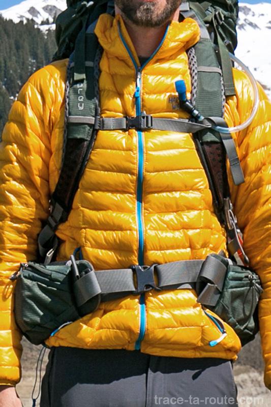 Test du sac à dos Osprey Atmos AG 65 : bretelles et ceinture