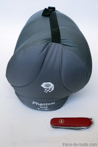 La housse de compression du sac de couchage PHANTOM TORCH 3° de Mountain Hardwear