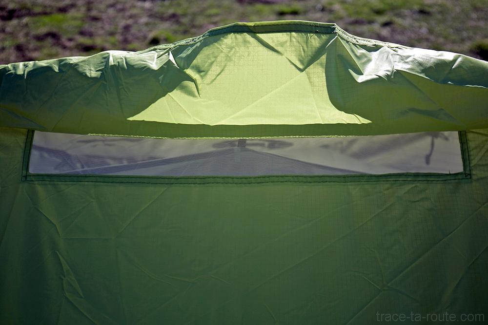 Aération de la tente Aravis 2 Coleman