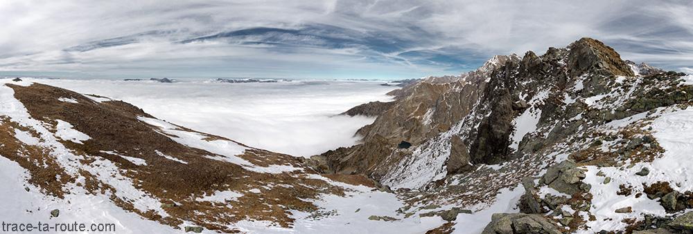 Mer du nuages sur le Grésivaudan depuis le Grand Colon en Belledonne