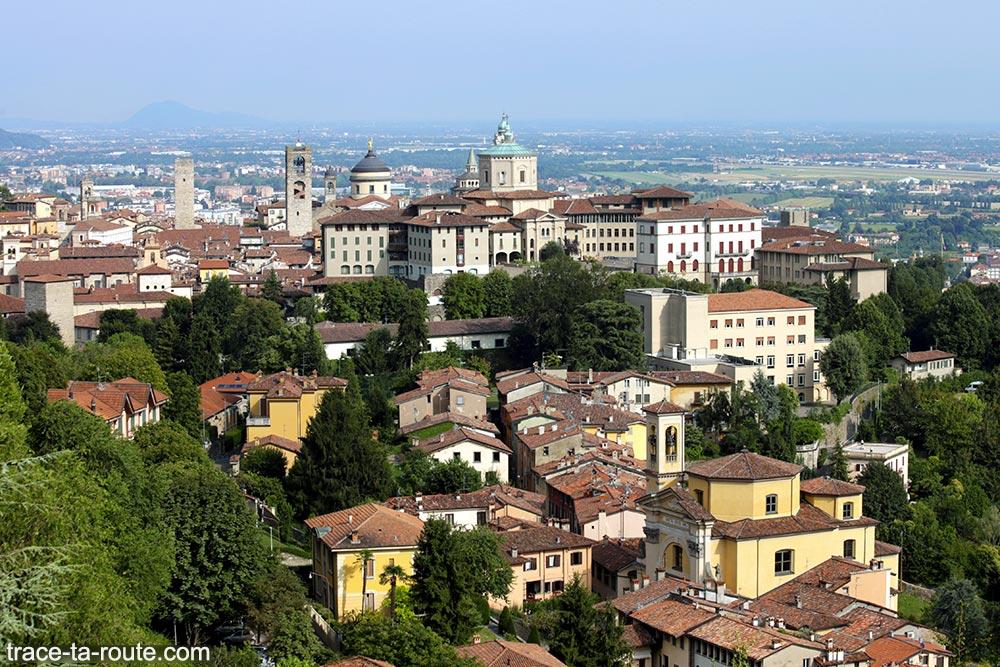 Vue sur la Città Alta de Bergame (Bergamo Italie)