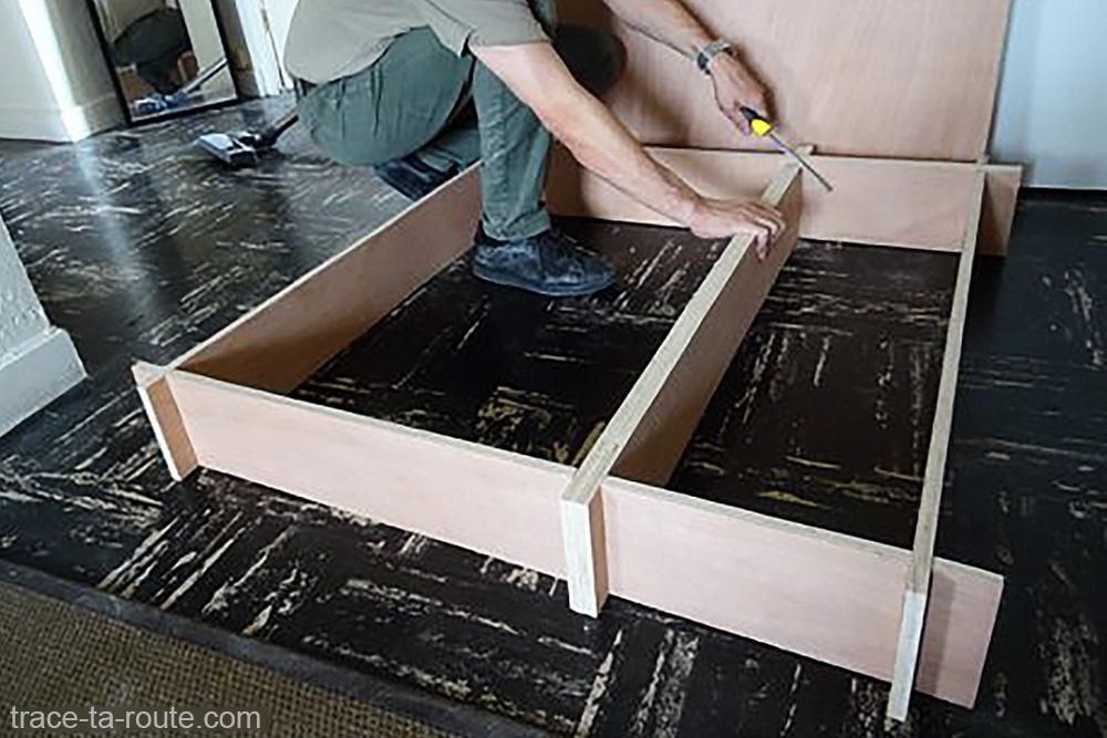 Bricolage fabrication structure aménagement break Dacia Logan MCV pour dormir dedans - Road Trip