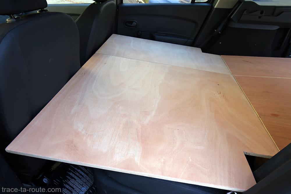 Bricolage : plateau sièges arrière aménagement break Dacia Logan MCV pour dormir dedans - Road Trip