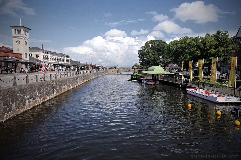 Canal de Malmö et Gare Centraplan, Suède