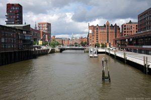 Canal à Speicherstadt, Hambourg, Allemagne