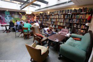 Salon Bar jeux de société Bastard Cafe à Huset KBH de Copenhague, Danemark